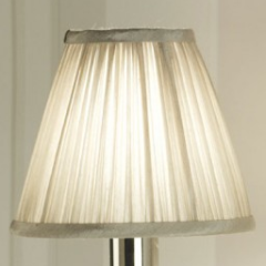 STANFORD Pleated Shade in Cream