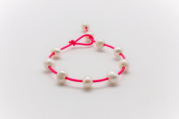 Floating Pearls Bracelet