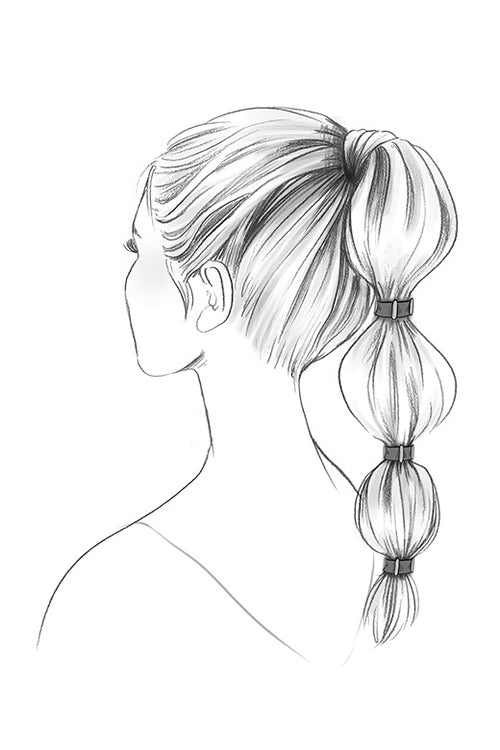 Sketch of The Hair Edit's Wristlet Duo Gold Accented Hair Ties on model