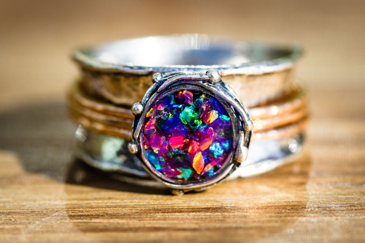 silver spin ring with crushed opal
