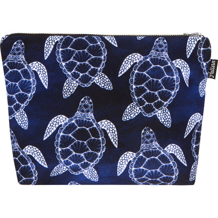 Turtles Scene Pouch