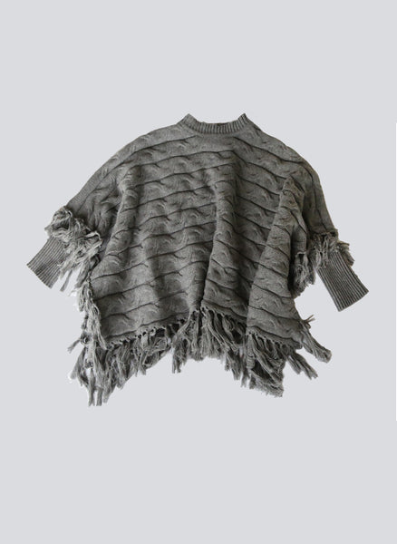 Vierra Rose Meena Cable Poncho in Grey