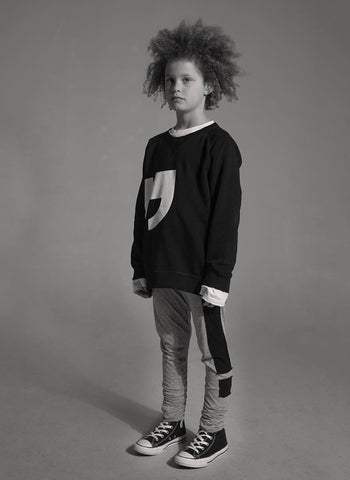 Nununu Quotation Pull Over in Black - FINAL SALE