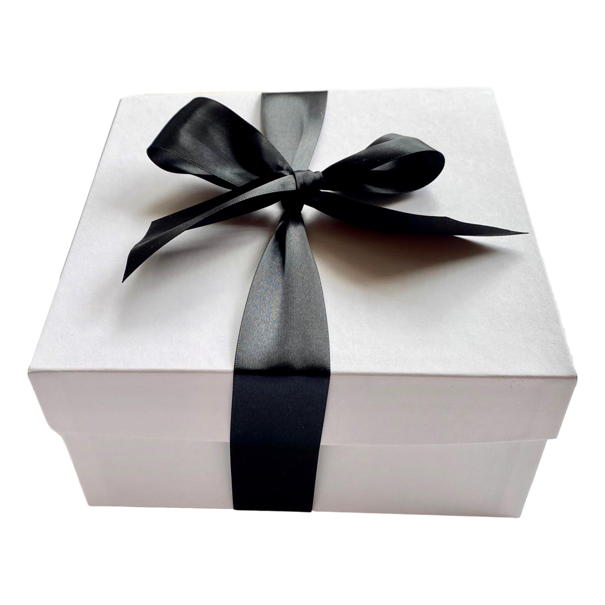 How to Build Your Own Unique Gift Box