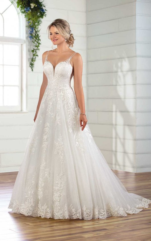 Essense gown D2905