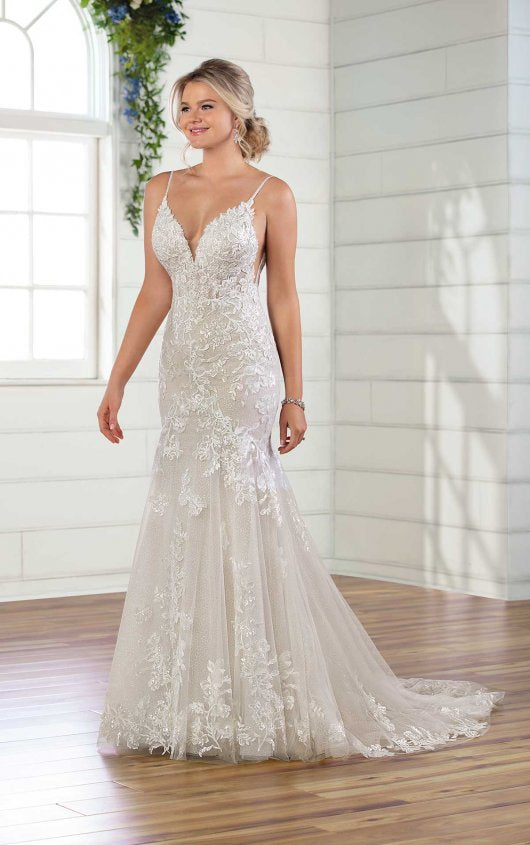 Essense gown D2940