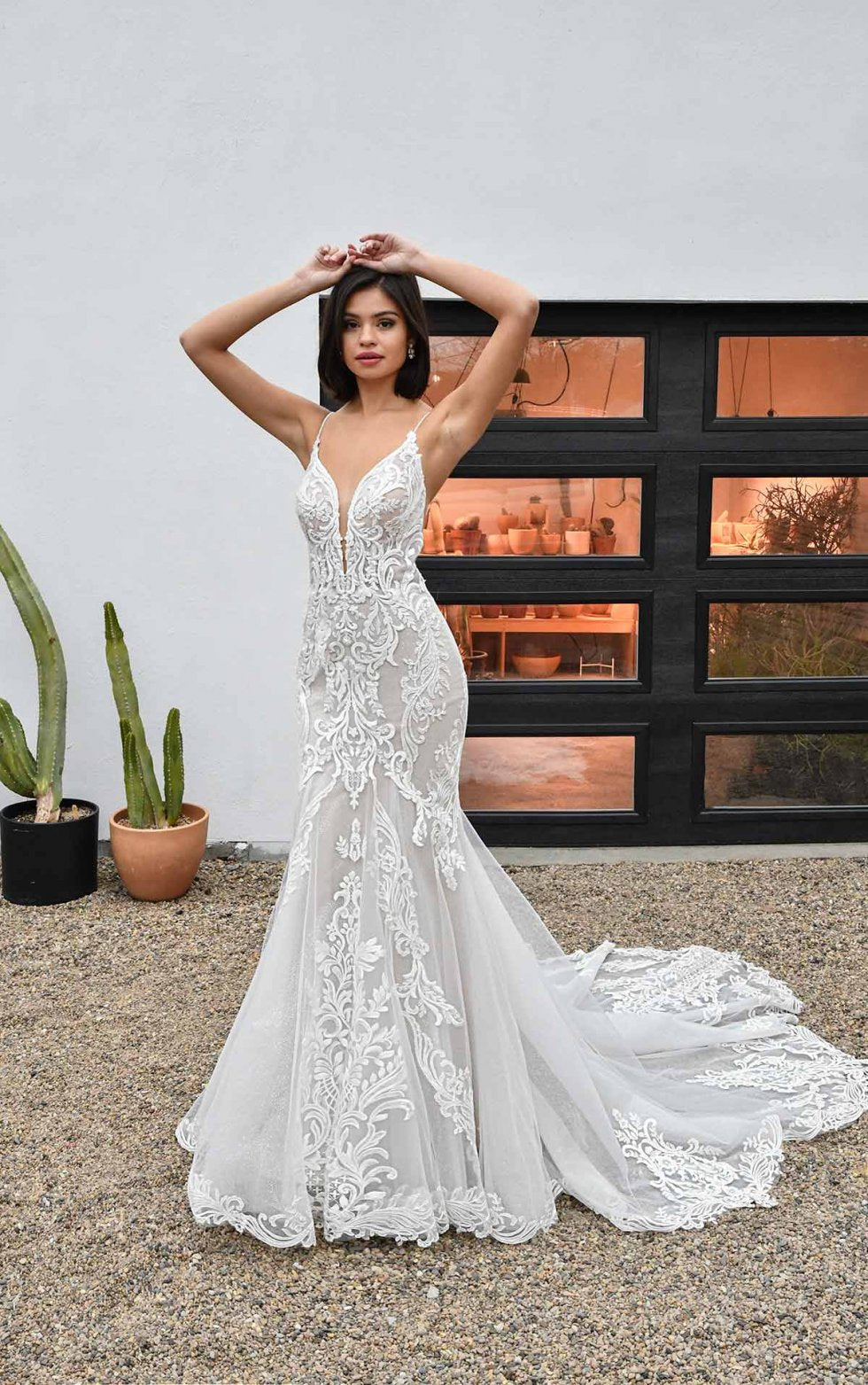 Essense gown D3249