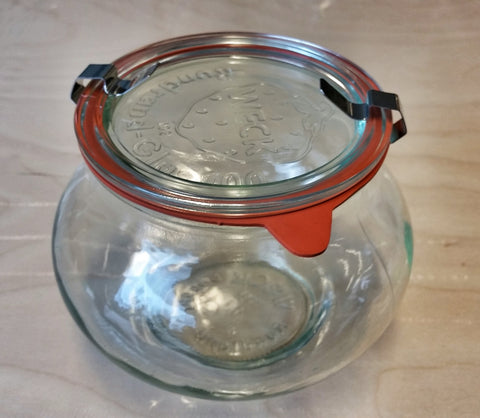 Weck 1 Litre Preserving Jar with Glass Lid, Rubber Seal and Clamps