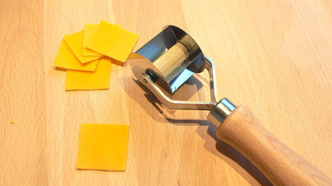 Tortellini 3X3 Square Cutter Straight Edge Cut with Wood Handle Tagliatortelli