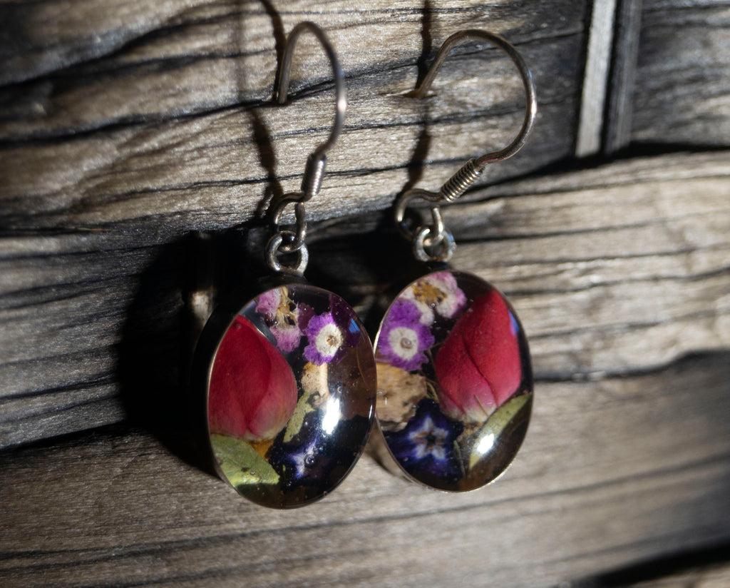 Mixed Flowers in resin earrings - Divine Gift Olinda