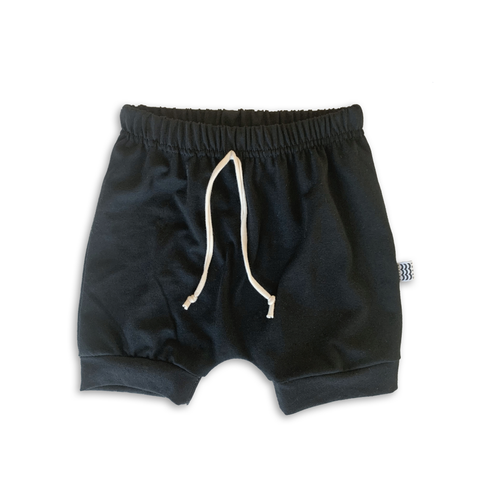 Crew Shorts in Solid Onyx Black