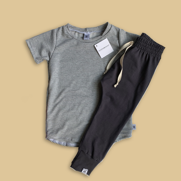 Essential Drawstring Joggers in Charcoal