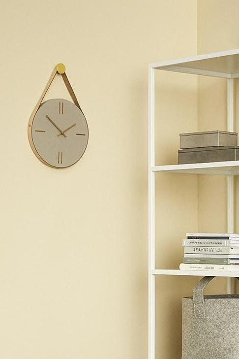 Concrete And Leather Clock, Lifestyle, Hübsch - 3LittlePicks