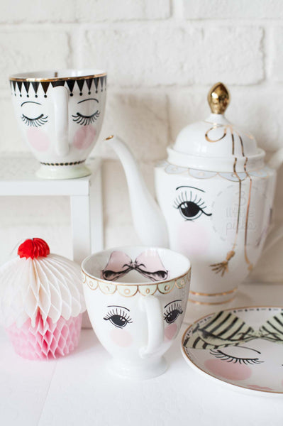 Pretty Eyes Coffee Mugs
