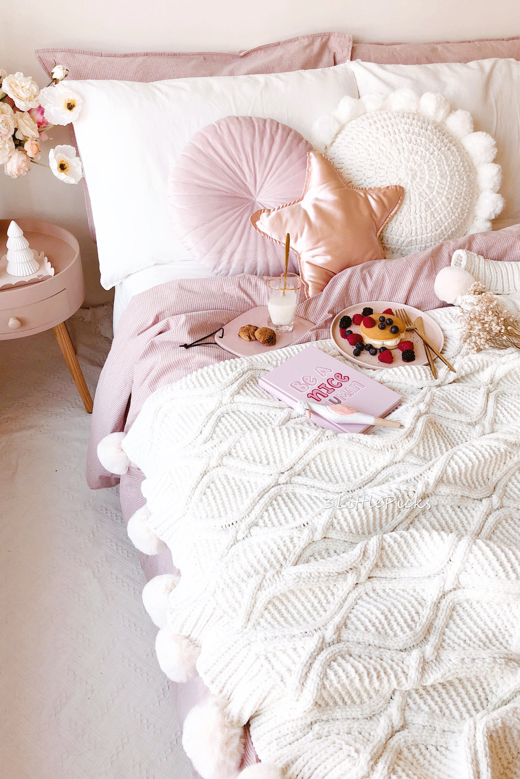 COMING BACK: Cream Faux Fur Pom Chenille Throw, Textile, 3LittlePicks - 3LittlePicks