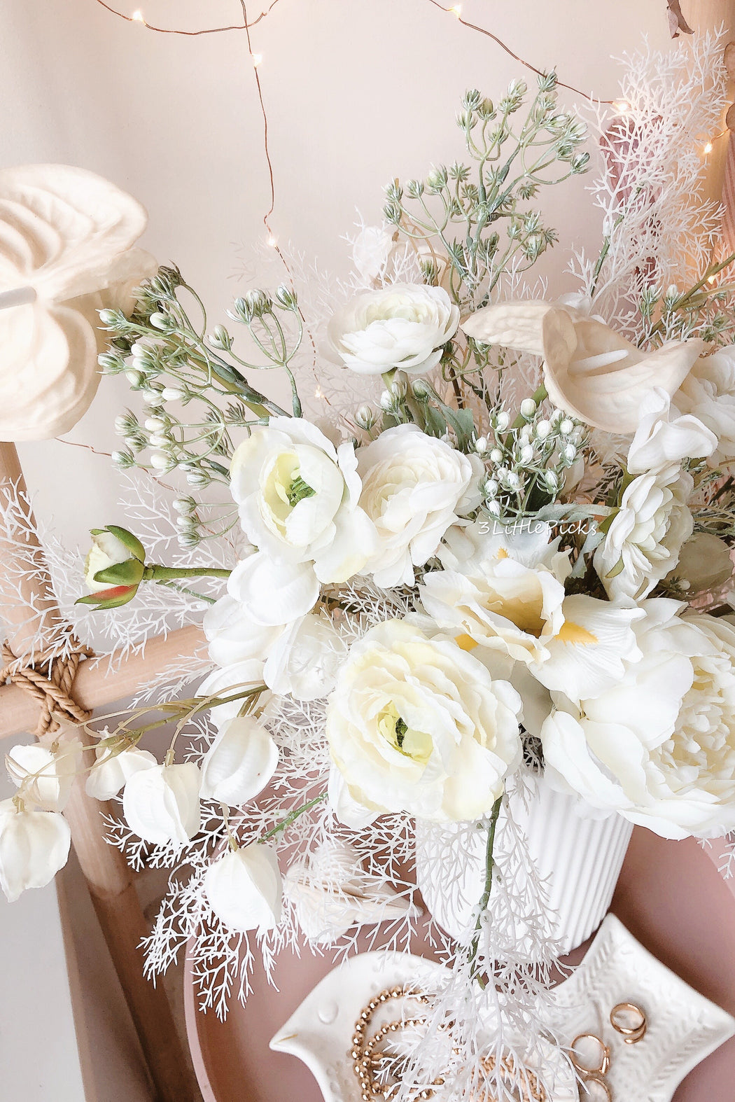 PRE-ORDER: Cozy Pastel Green And White Bouquet