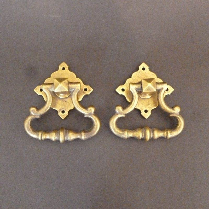 Pair of Gothic Drop Handles  (461)