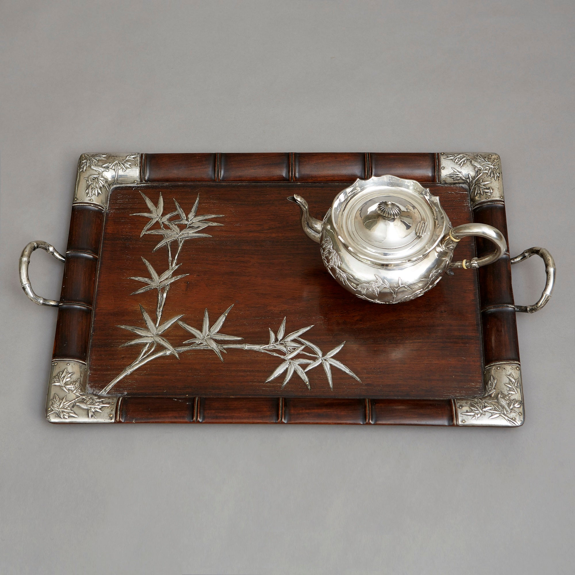 Chinese Export Tea Service including a Magnificent Matching Tray