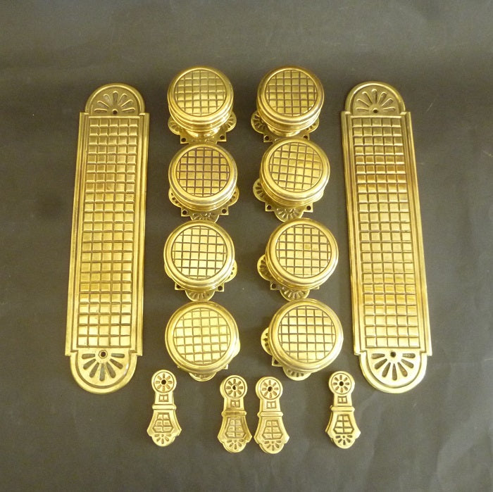 Set of 4 Pairs of Victorian Door Knobs, 8 Door Plates and 4 Keyhole Covers (3163)