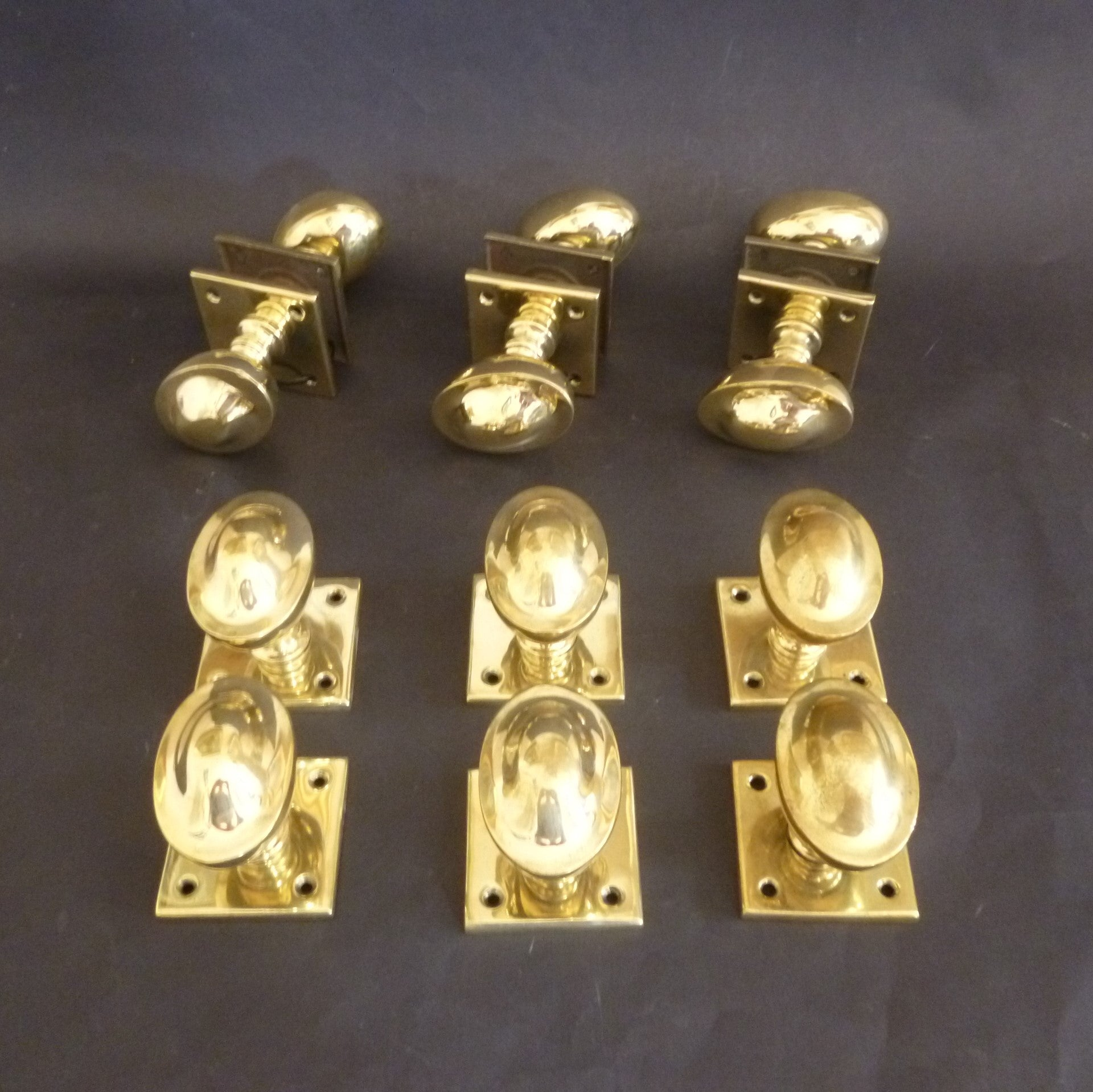 Set of 6 Pairs of Victorian oval domed Door Knobs (6179)