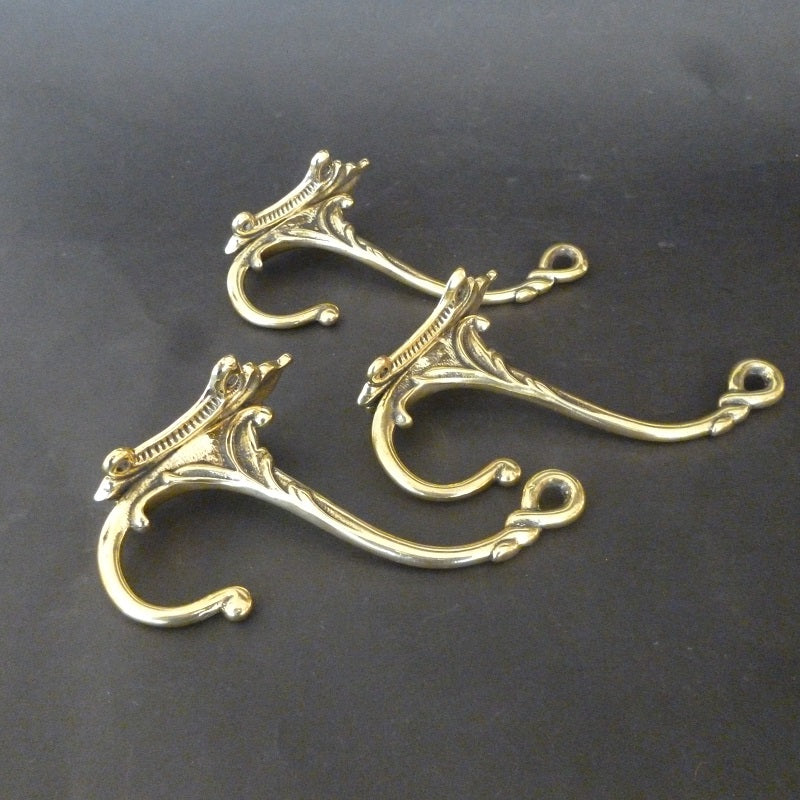 Set of 3 Victorian Double Hooks (6306)