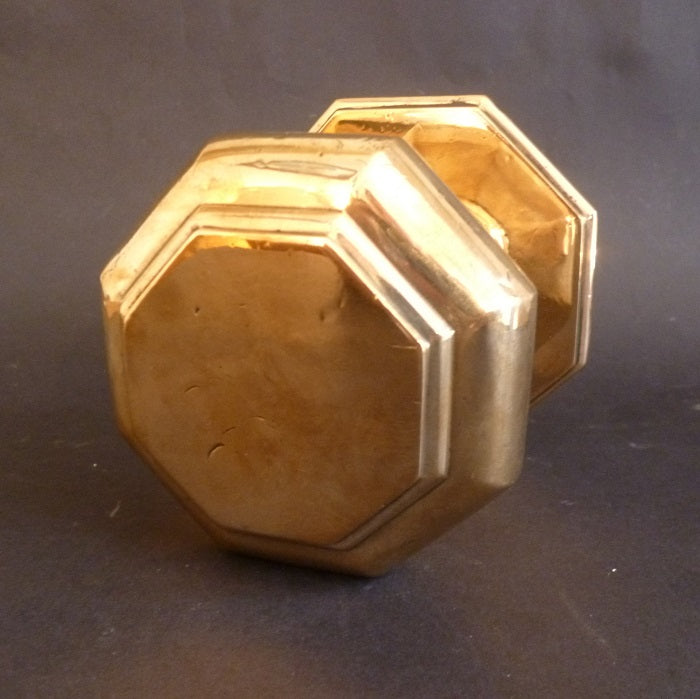Bronze Octagonal Centre Door Pull (6542)