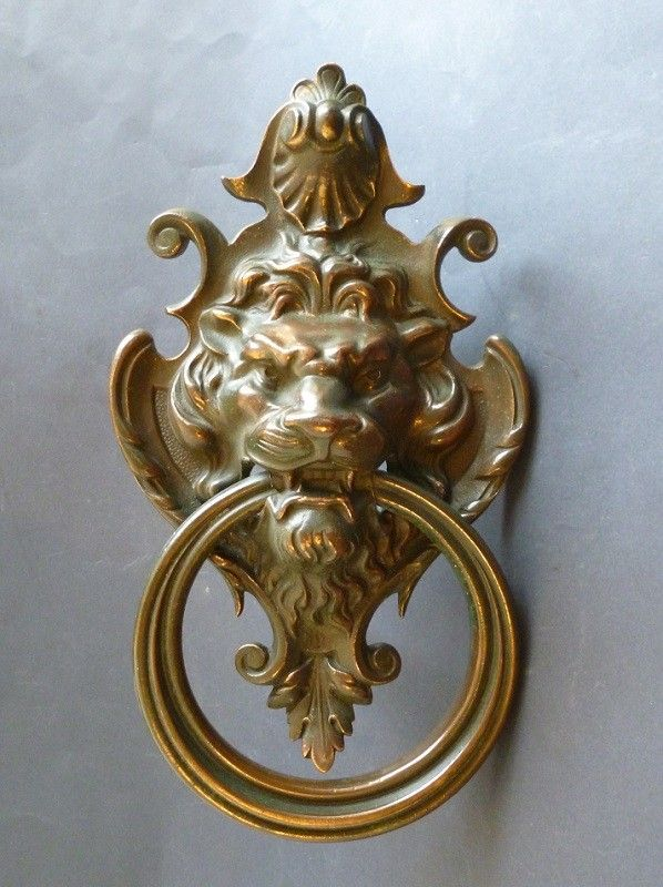 Lion Mask Door Knocker (2054)