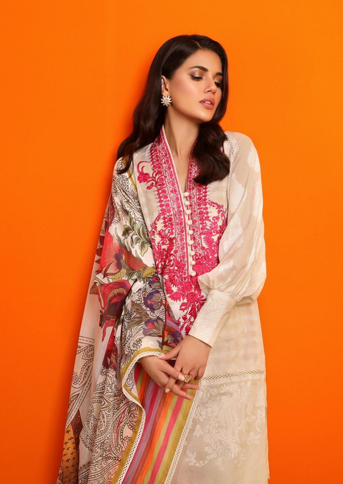 Sana Safinaz | Pre Fall Embroidered | 3