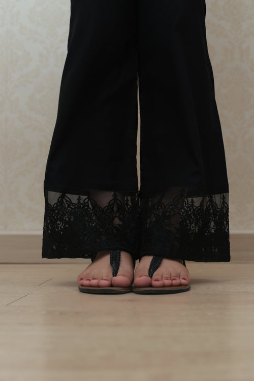 Haniyas, Bootcut Embroidered Trouser | Black