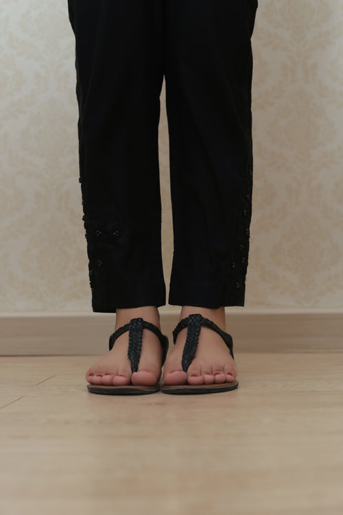 Haniyas, Embroidered Trouser | Black