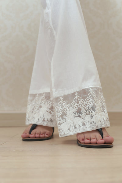 Haniyas, Bootcut Embroidered Trouser | White