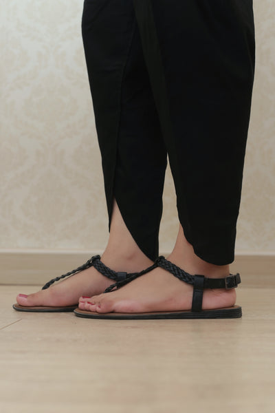 Haniyas, Plain Tulip | Black