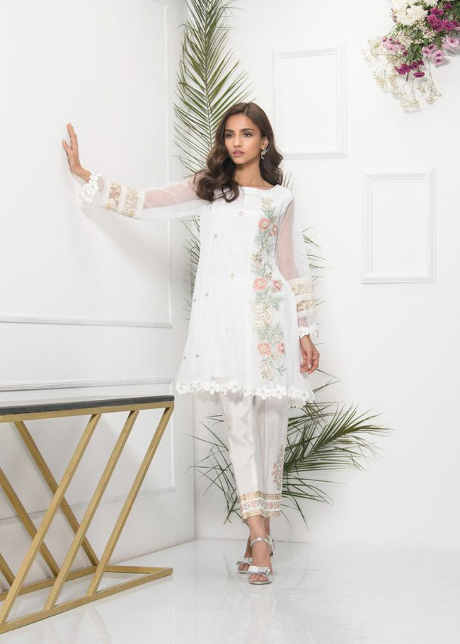 Phatyma Khan Eid 19 - Whisper White