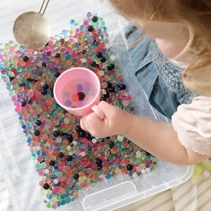 Play / Sensory Fun With Water Beads