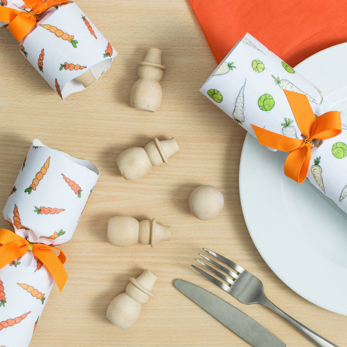 Sprouts, Carrots, And Snowmen Christmas Crackers - Clara and Macy