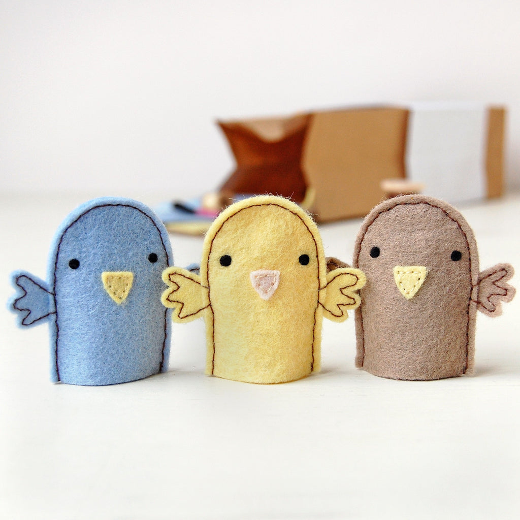 Make Your Own Bird Finger Puppets Craft Kit - Clara and Macy