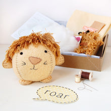 Make Your Own Lion Craft Kit - Clara and Macy