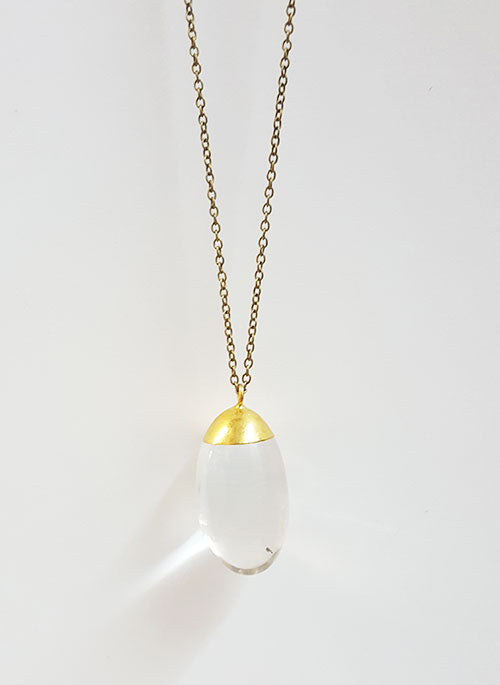 Quartz Round Hive Necklace