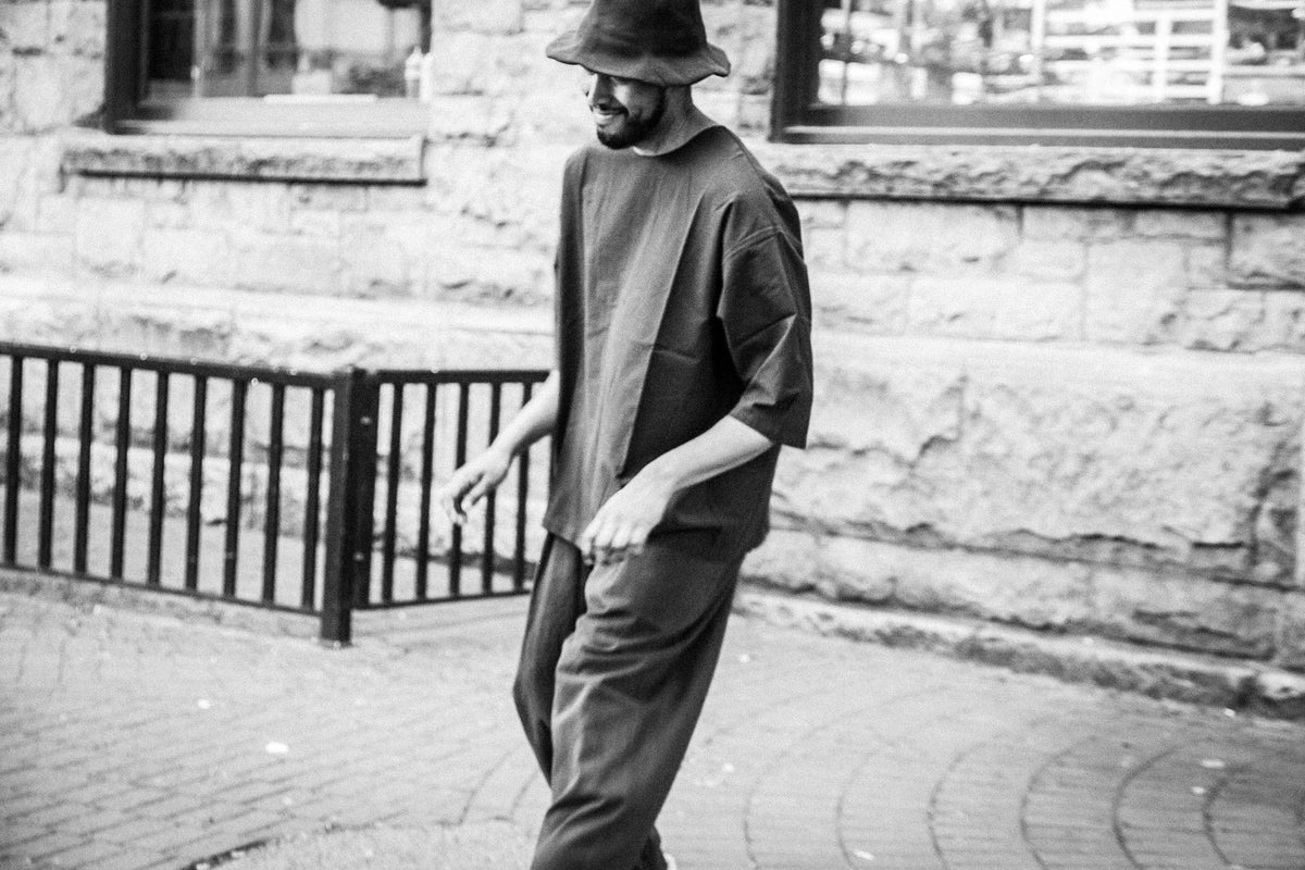 PROSPECTIVE FLOW SS18: SUNA HAT / MURO TEE / KARUSAN PANTS WITH CHRISTIAN