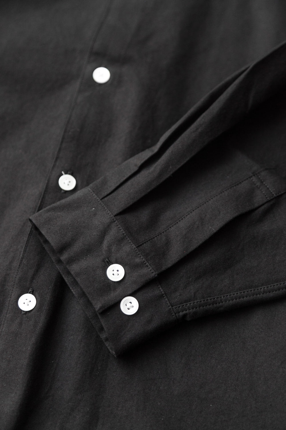 BAND COLLAR SHIRT BLACK