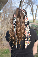 Load image into Gallery viewer, Black Floral Scarf - wild