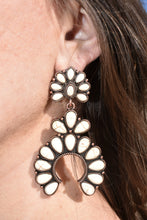 Load image into Gallery viewer, Cooper & White Earrings