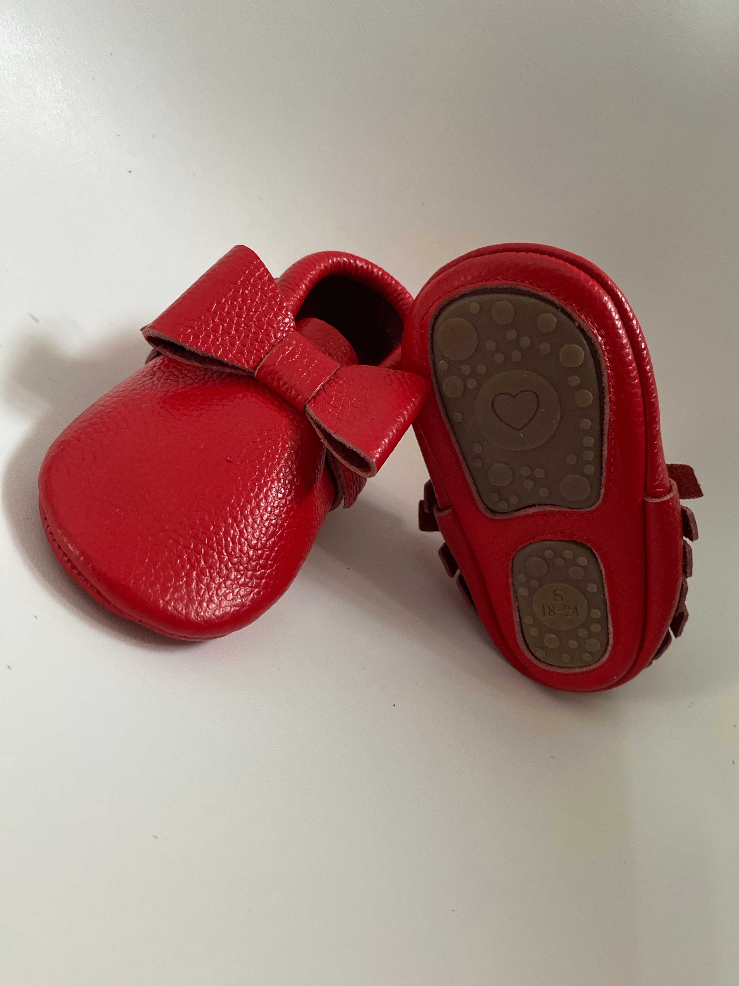 Red Bow Moccs
