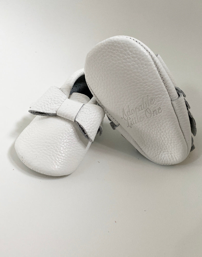 White Bow Moccs