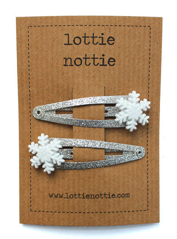 Lottie Nottie Christmas Snowflakes on Silver Sparkle Clips