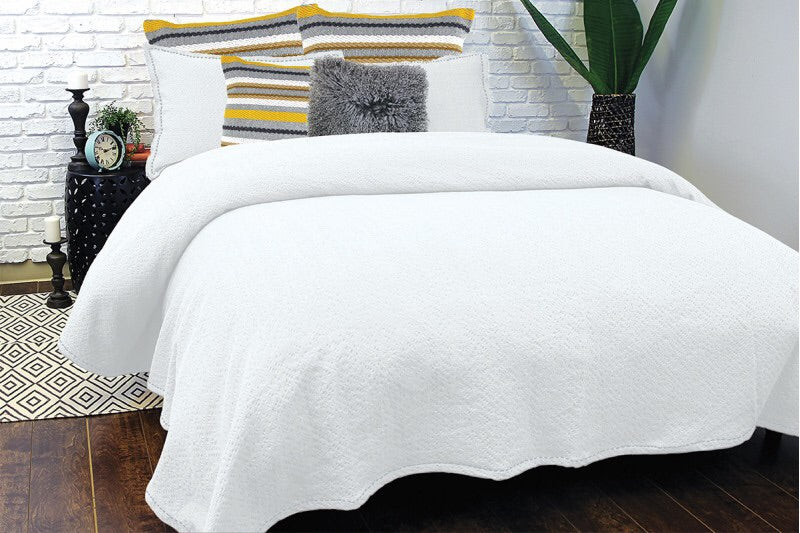 Mallow White Coverlet King