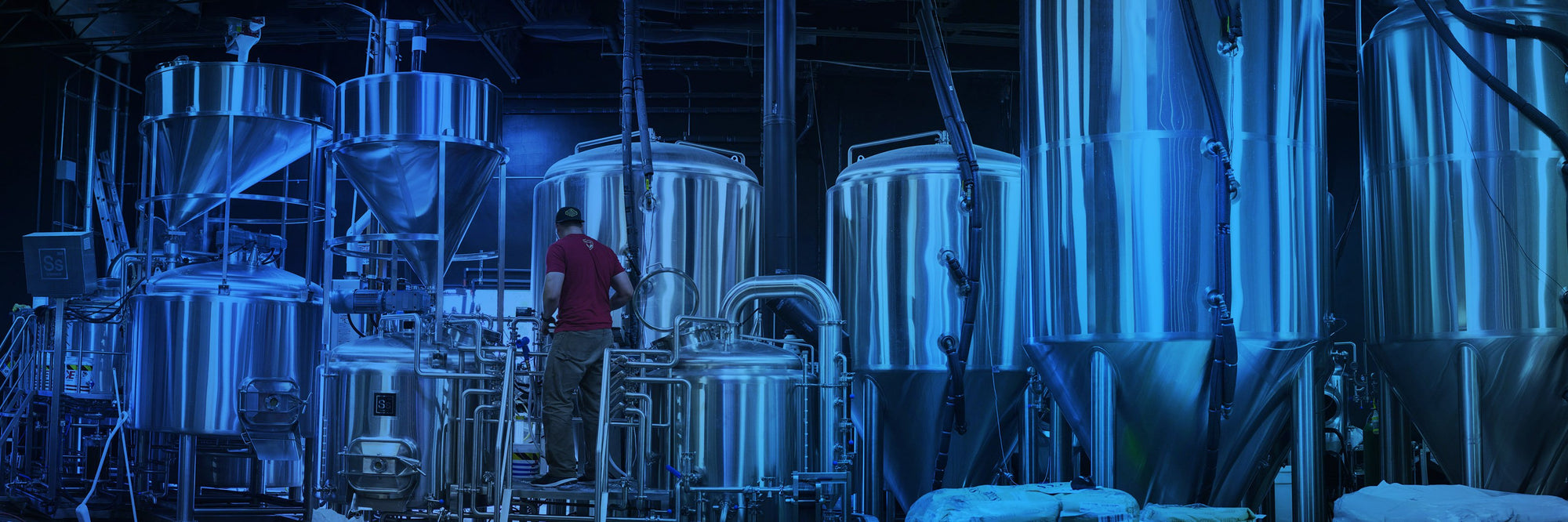 Ss Brewtech offers a full line of Professional Beer Brewing Equipment.  Brewhouses range in size from 1 bbl to 20 bbl and fermenters as large as 60 bbl are available.