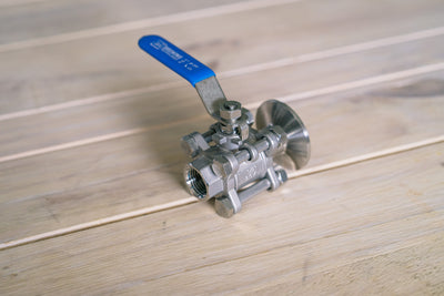 "Valve | Ball Valve 1.5"" TC to 1/2"" Female NPT"
