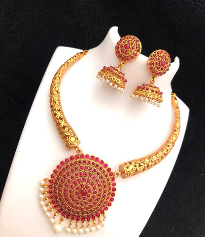 Bold round pendant center choker Necklace and jhumka earring set