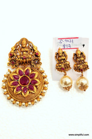 Traditional Lakshmi Pendant and Earring Set - Simpliful